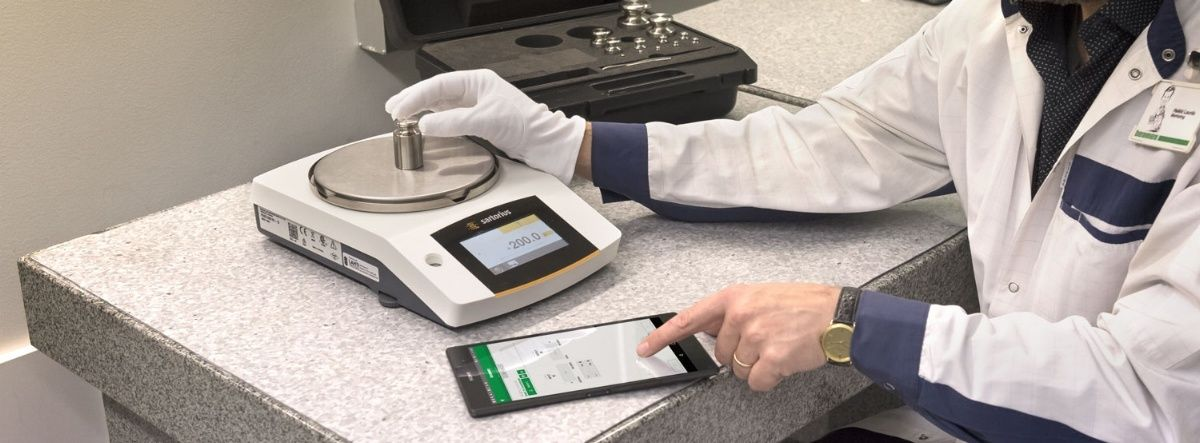 Weighing scale calibration - how to calibrate weighing instruments. Beamex blog post.